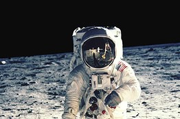 Apollo_historic_lunar_landing
